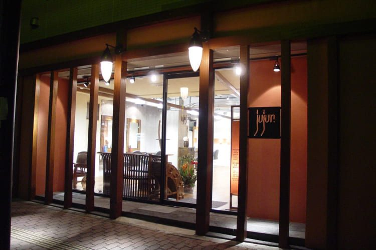 jujur-salon-01